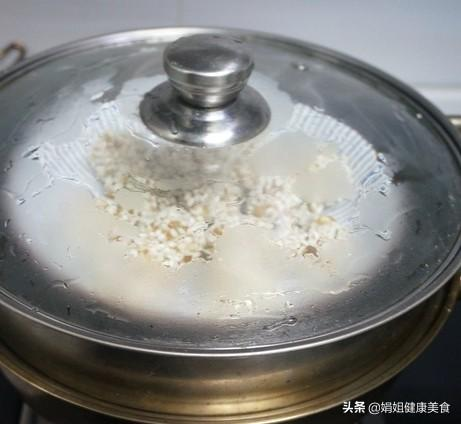 可以当饭吃的糯米莲藕丸子